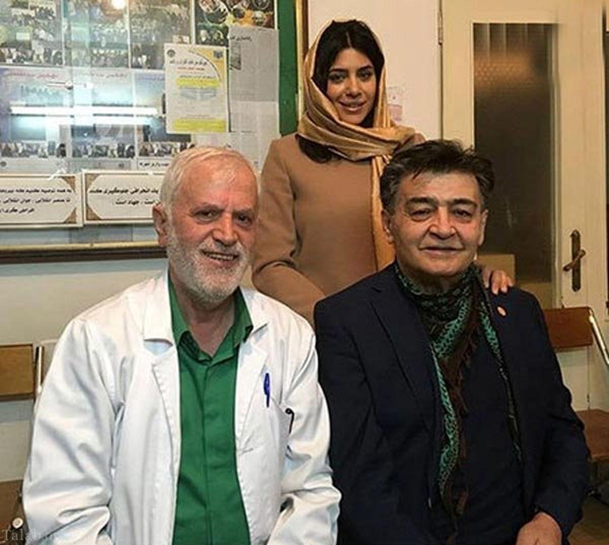 رضا رویگری و همسر جوان و فشنش در مطب دکتر +عکس