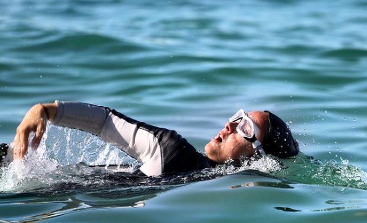 ترانه علیدوستی در حال شنا ! +عکس