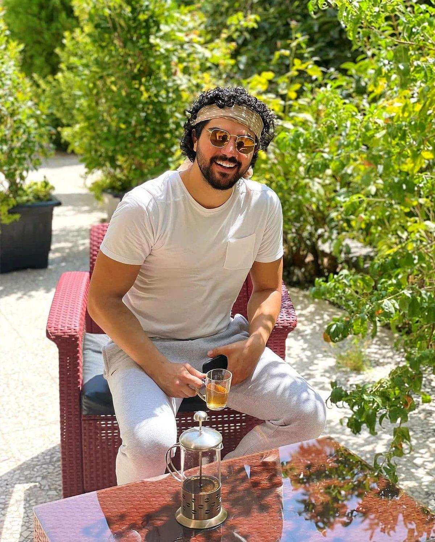 لاکچری بازی سینا مهراد در باغ میلیاردی اش/ خوشگذرانی آقازاده معروف + عکس