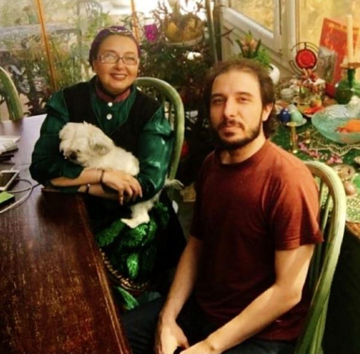 کتایون ریاحی و سگش در خانه لاکچری اش +عکس