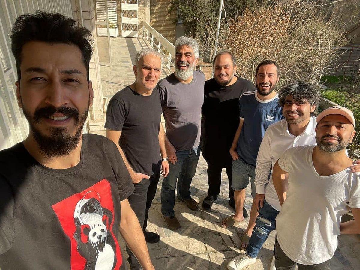 میهمانی نوید محمدزاده و دوستانش در ویلای لاکچری+ عکس