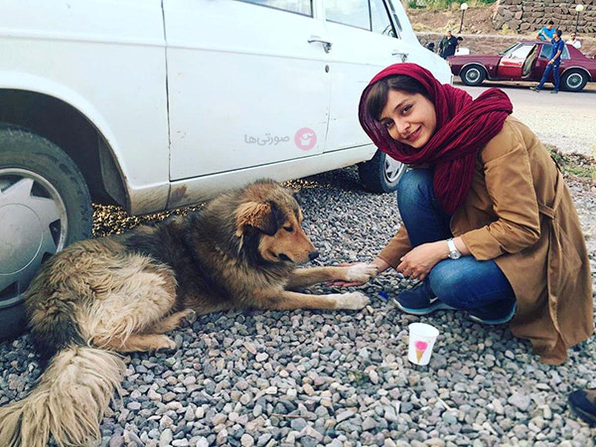 ساره بیات و سگ غول پیکرش+ عکس