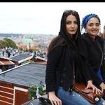 تیپ و حجاب عجیب نرگس محمدی در سفر خارجی + عکس
