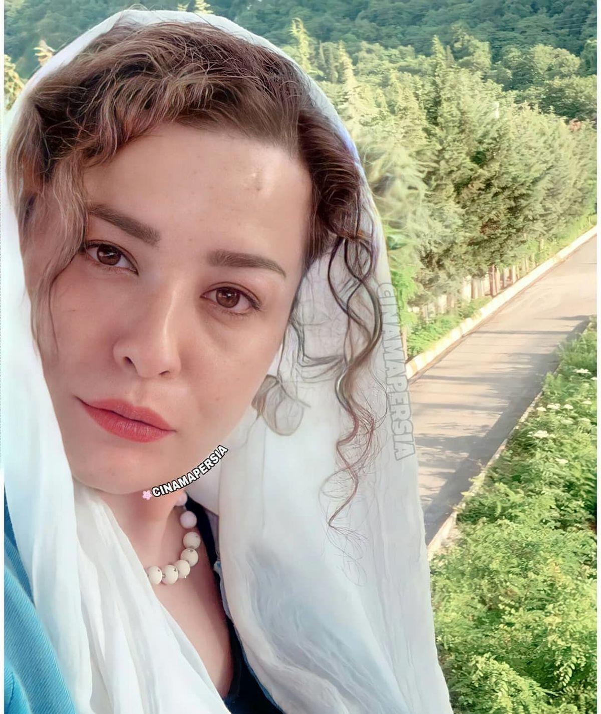 گردن مهراوه شریفی نیا +عکس