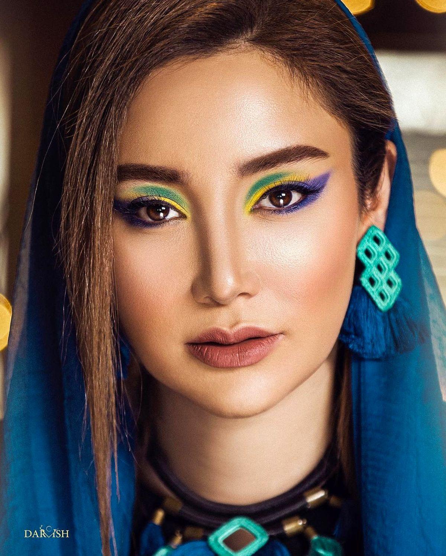 آرایش غلیظ و لباس های آنچنانی بهاره افشاری + عکس