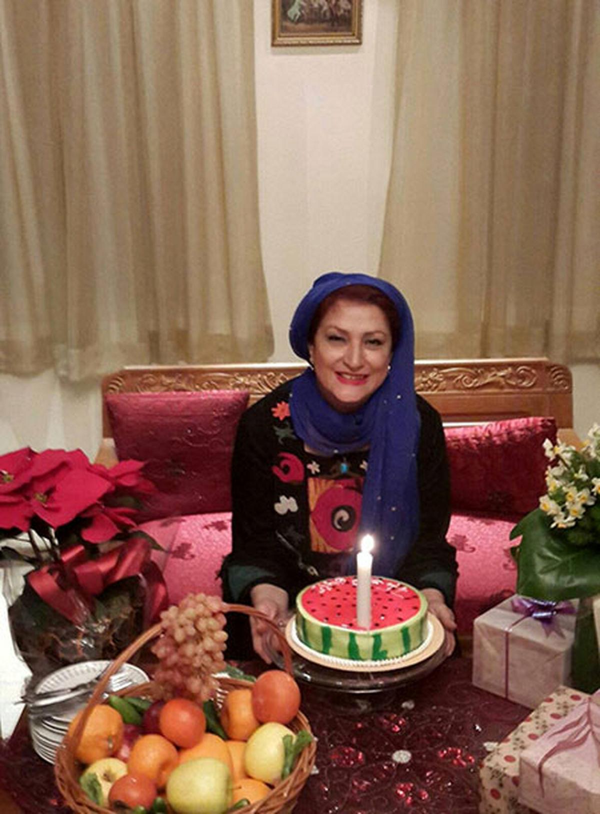 عصبانیت و داد و بیداد مریم امیرجلالی بر سر مردم! + فیلم