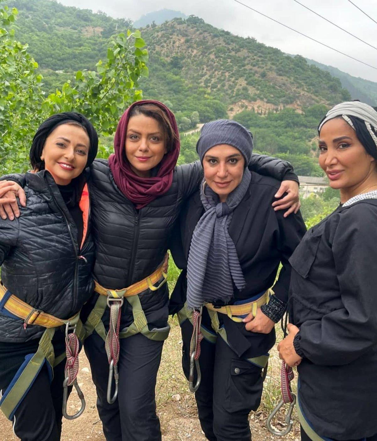 تیپ آنچنانی نسیم ادبی و نفیسه روشن هنگام کوهنوردی/عکس